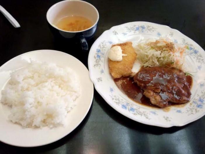 名古屋伏見カマロのランチは600円