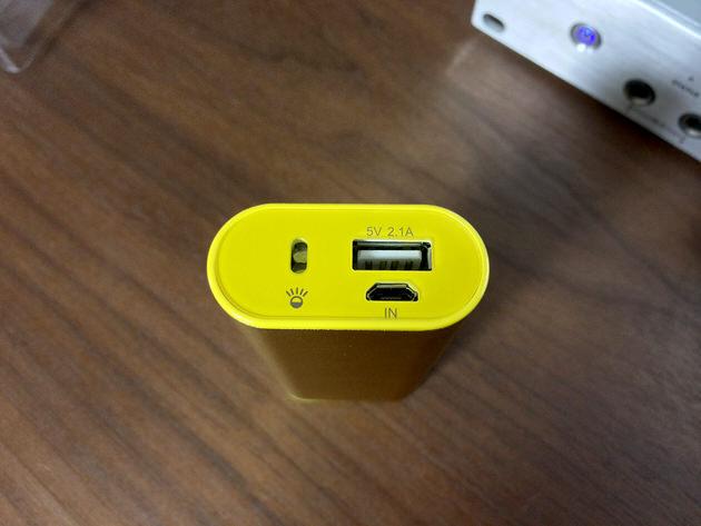 cheero Power Plus 2 miniの充電口