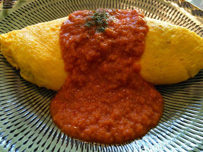 オムライスランチ・トマトクリームソース