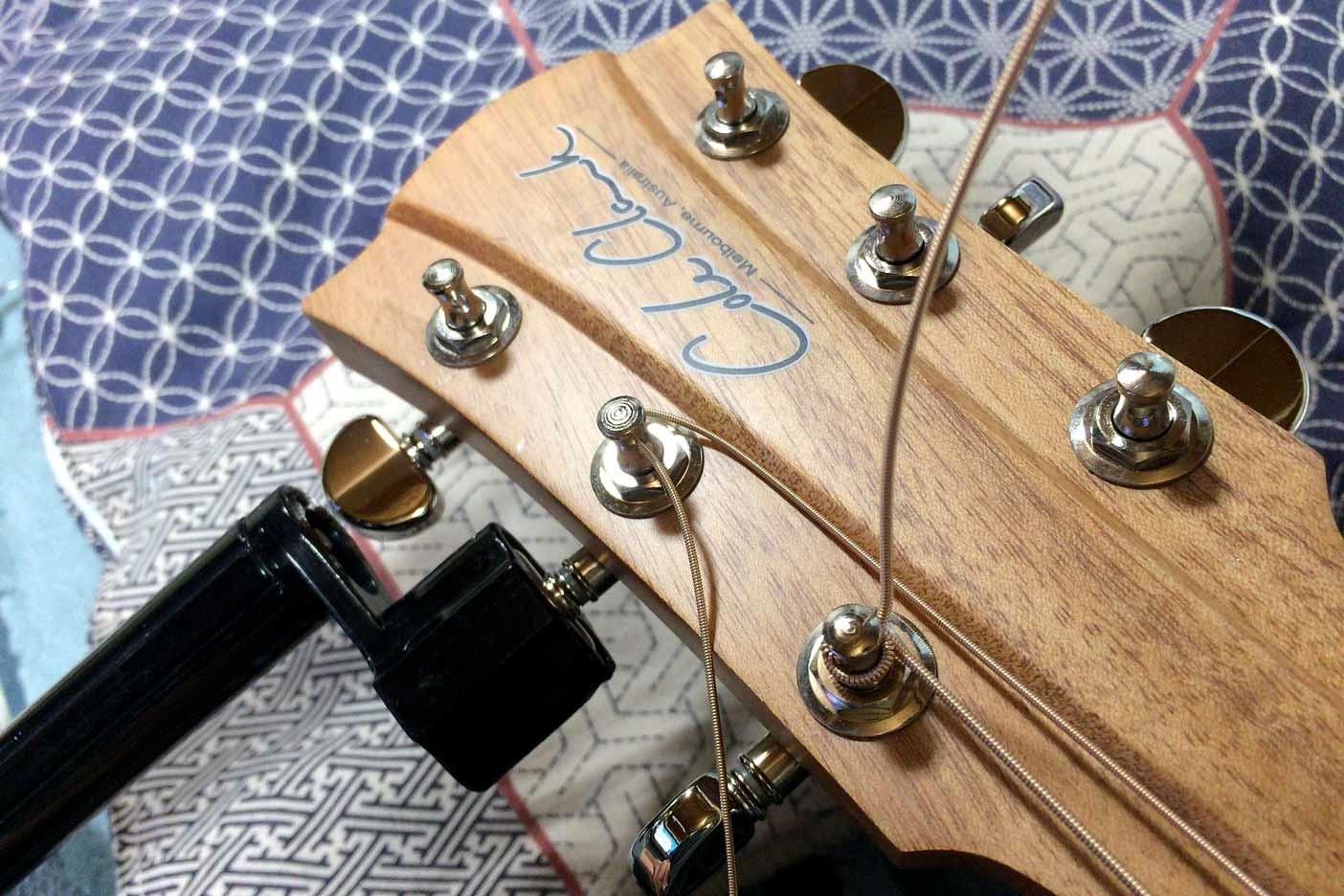 ギターの弦の替え方講座004