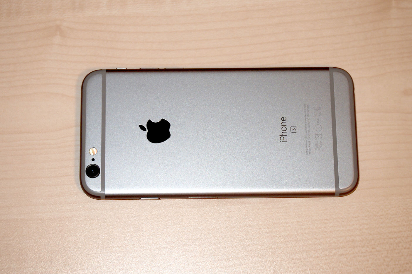 IPhone 6s spacegray 002