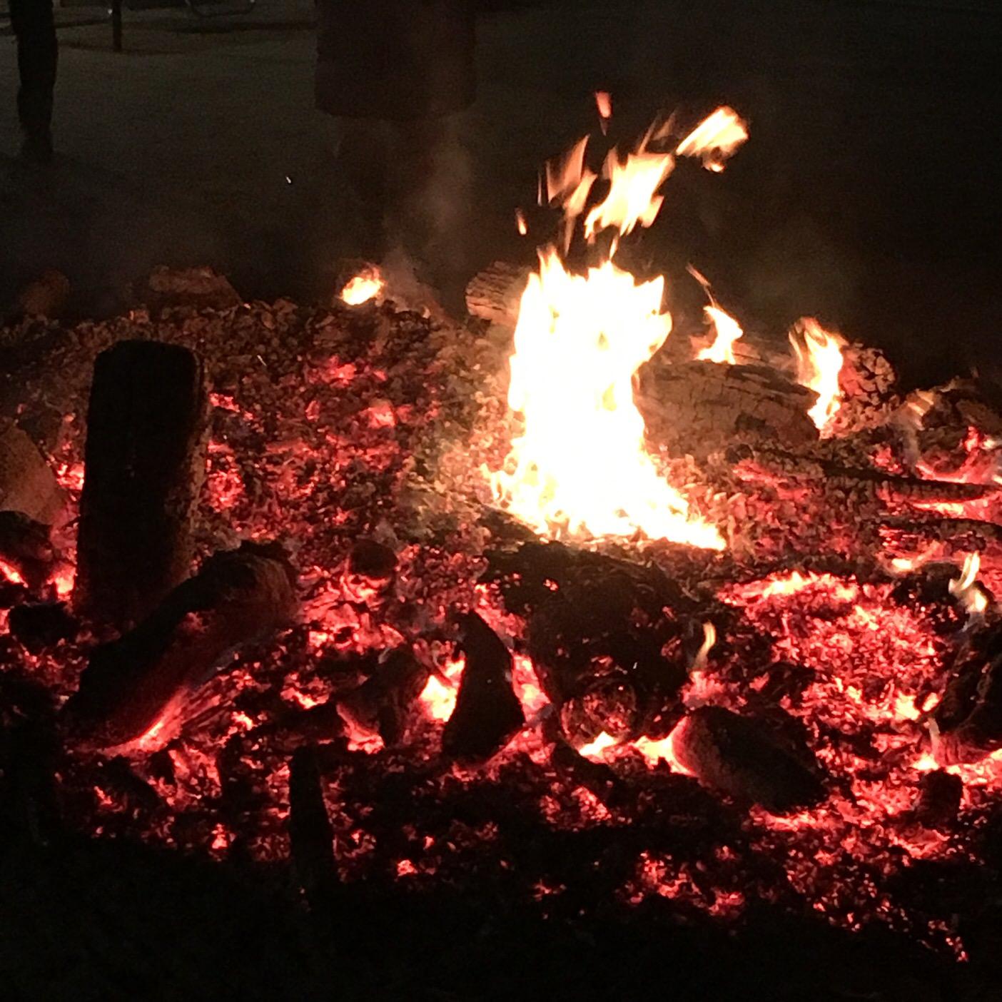 初詣の焚き火