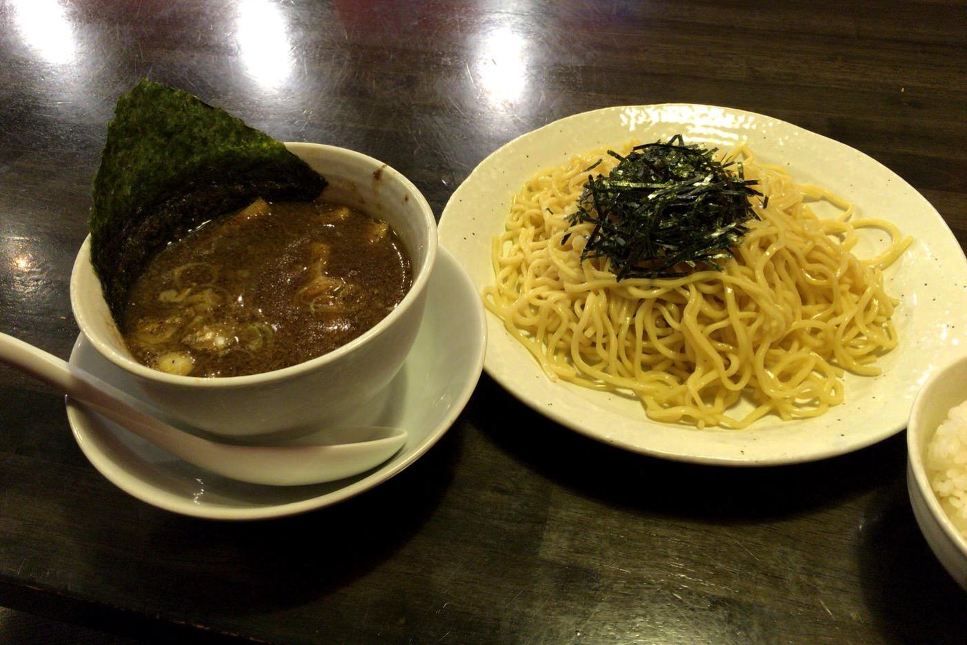 名古屋・栄「麺屋 一龍」のつけ麺